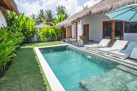 One-bedroom villas for 3 guests (rate 2 pax/unit)