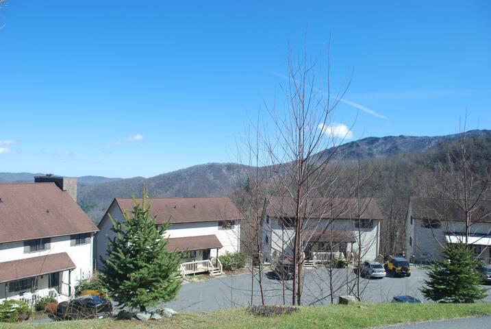 Treetop Mountain Getaway - Seven Devils
