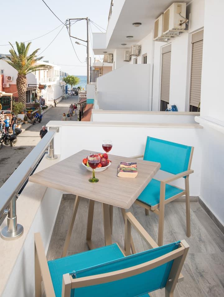 Breeze Vacation Studio Apartment