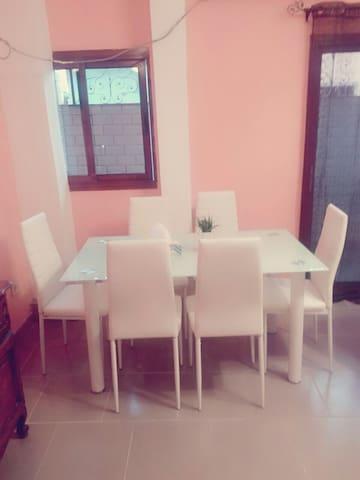 Beaux appartements meublés à Douala