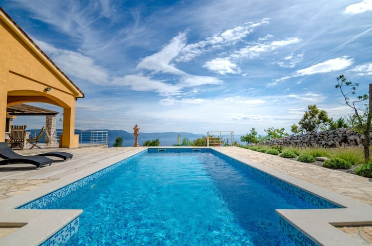 Villa Lespinoy - villa with astonishing view - Labin - House