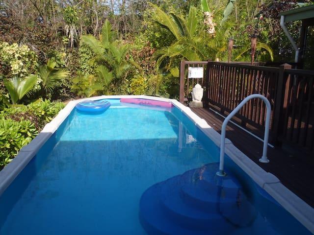 Pool overlooking Indian Ocean