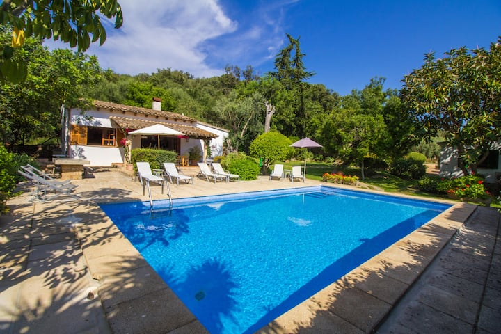 Beautiful Majorcan villa with wifi and a/c