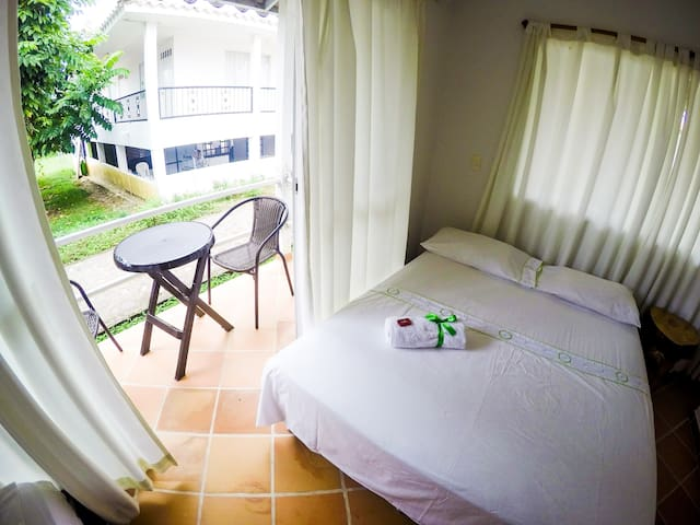 Alojamiento rodeado de naturaleza - Villavicencio - Bed & Breakfast