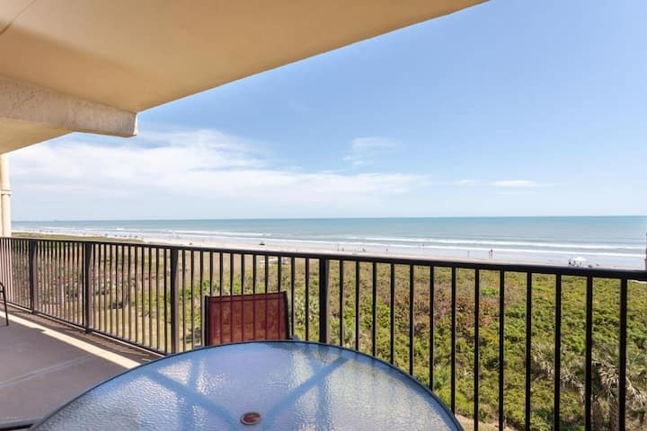 Direct Ocean Front 3bdr condo-GREAT LOCATION!!!