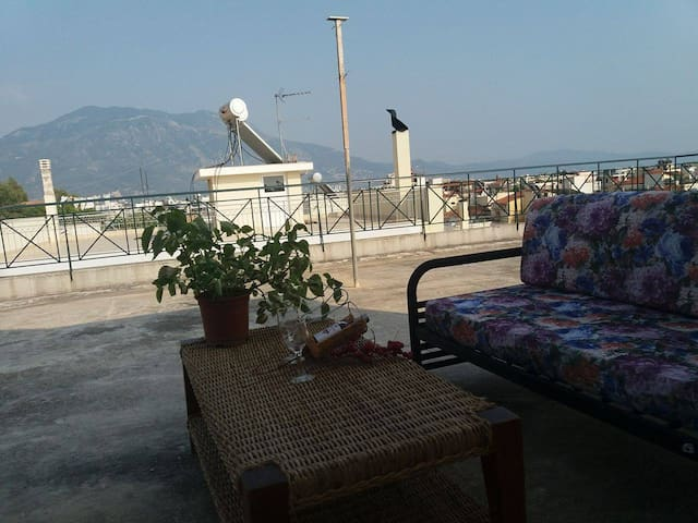 Beautiful studio with wonderful views - Kalamata - Appartement