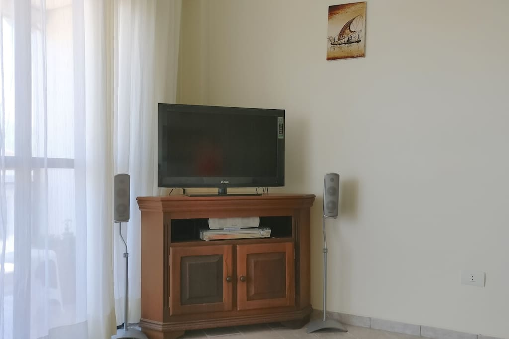 Sala equipada com Home Theater