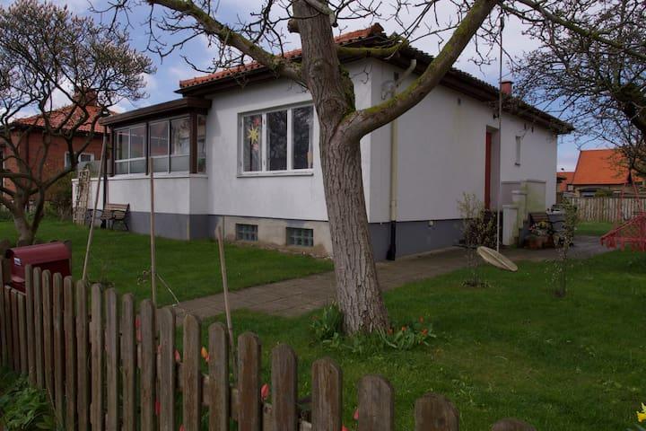 Familjevänligt hus i grönt område - Malmö - House