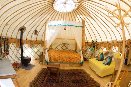 Summer Yurt: Apr-Oct