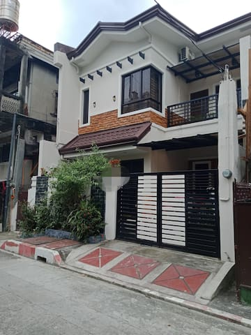 """""""Transient room for rent near SM  East Ortigas"""""""