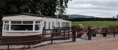 Peaceful Mobile Home on a Picturesque Welsh Farm