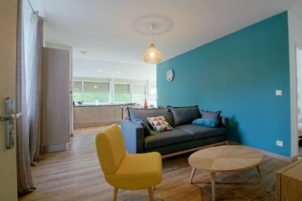 Appartement neuf avec terrasse argeles gazost apartments for Decoration appartement neuf