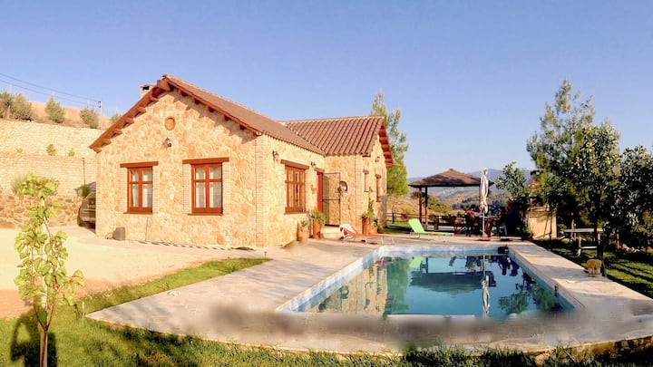Ktima Athena - Mountain Cottage House with pool.