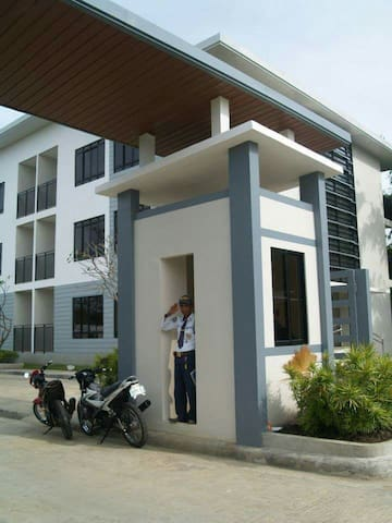 Secured,clean&quite condo near schools & hospital - Bacolod - Altres