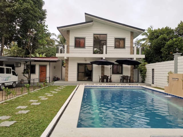 Tagaytay Private Resort for 25 pax