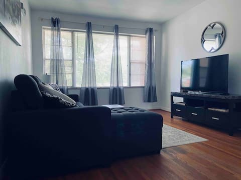 Comfy 2Br.GREAT location central to everything.