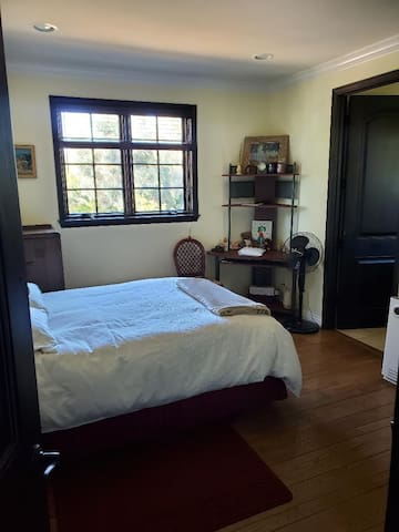 One bedroom in a Tuscan Villa, Tarzana, LA, CA