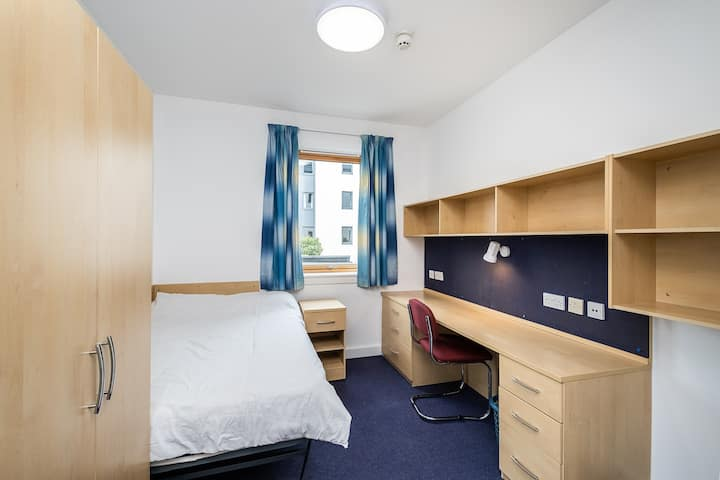 ♟☼♔ Private Room In Gillingham♔☼♟