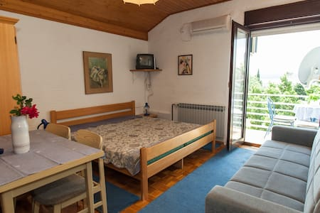 A3 One room apartment - Selce - อพาร์ทเมนท์
