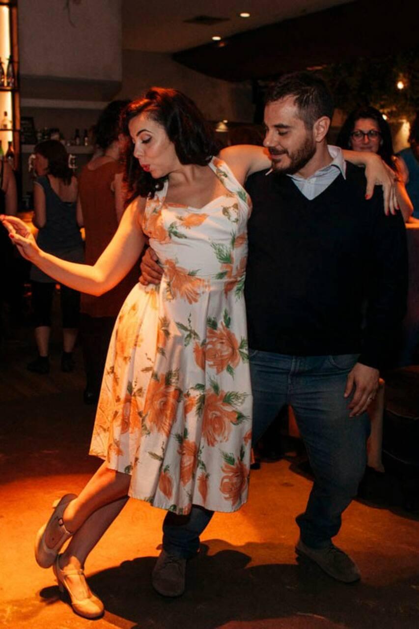 Cea D F B F F Fb A on Lindy Hop Dance Steps