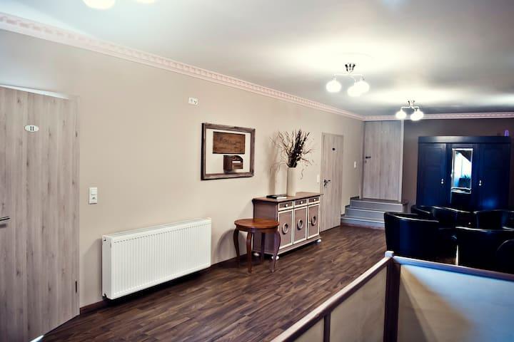 Enzos Suite