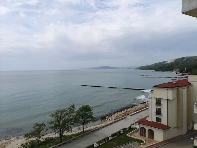 Balchik Sea View Apartment with 2 bedrooms