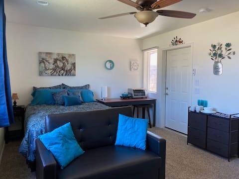 Private Clean Guest Suite