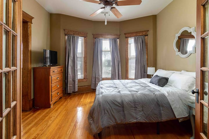 Bedroom 3:  Second floor, 1 queen bed, 1 smart TV.