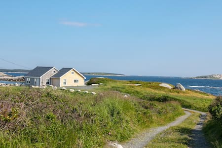 Idyllic Ocean Front Nova Scotia Cottage