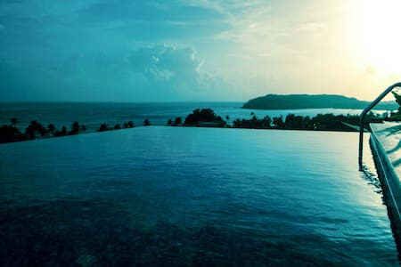 2 Sea Facing Luxury Villas with 2 Infinity Pools - Reis Magos - Willa