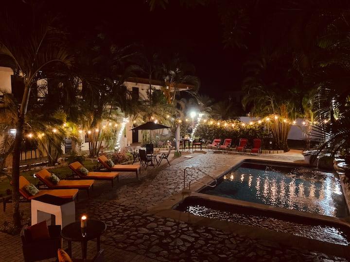 La Sirena Playa Jaco Hotel