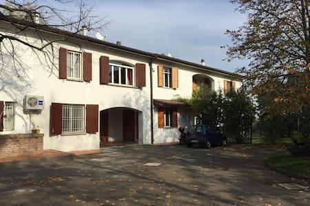 Appartamento in collina a due passi dal Bellaria - Martiri di Pizzocalvo