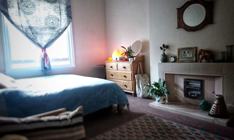 Central location, close to Hove seafront.