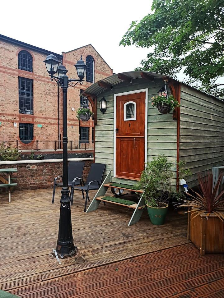 1 York Centre Riverside Shepherd's Hut. Park free.