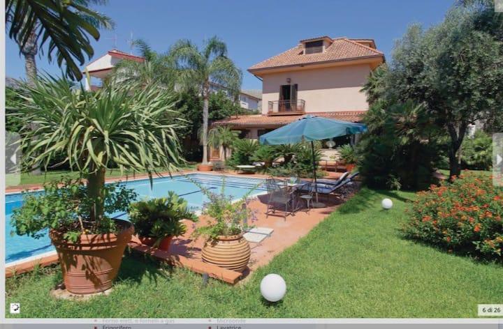 Villa Monica - relax in a luxury private villa