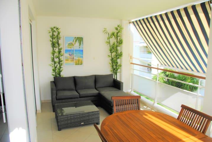 2 luxurious rooms condo