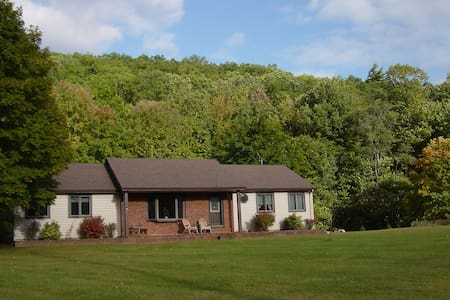 River Road Callicoon Rental House - Callicoon - Hus