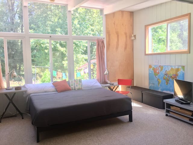 Guest Suite by Middle Fork of Ash Creek