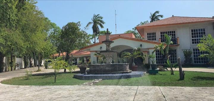 +16 pax. Hacienda Mostrenco