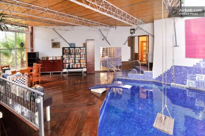 Gaudí Style Room-Studio  30 m2 * PISCINA Y VISTAS