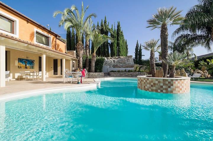 Villa Agora