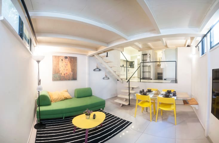 Luxury Studio apartment, quiet, near the beach