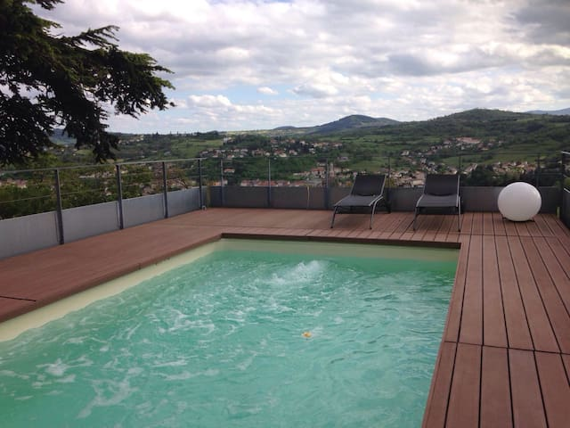Private apartment, view, garage & swimming pool - Espaly-Saint-Marcel - Kondominium