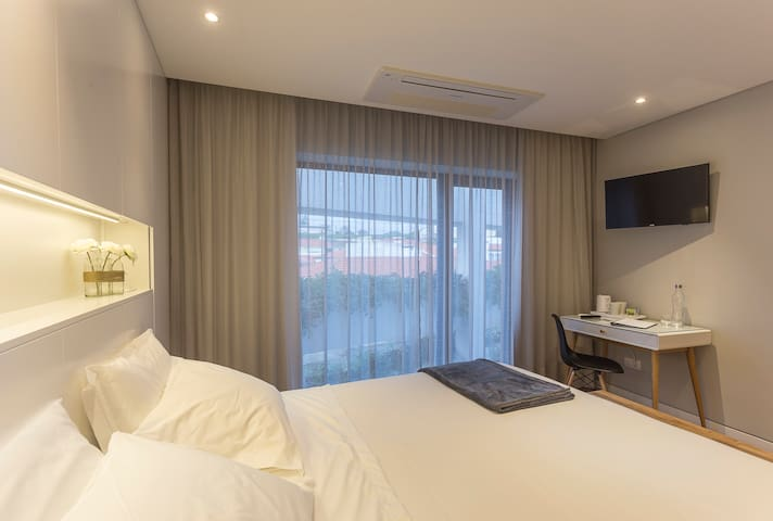 SUITE EXECUTIVE  // Praia de Santos - Guest House