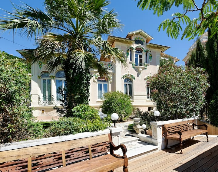 Cottage for 6/10 pers, 930m from the Palais.