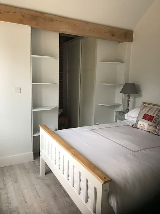 Double bedroom with walk in wardrobe
