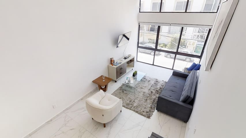 Modern and Chic Condo 2 BDR 2 Bathroom extra spacious - HDTV with spacious areas, Sofa Bed for extra space to fit for people in case you need it, do not pay extras choose this amazing condo for pamper yourself