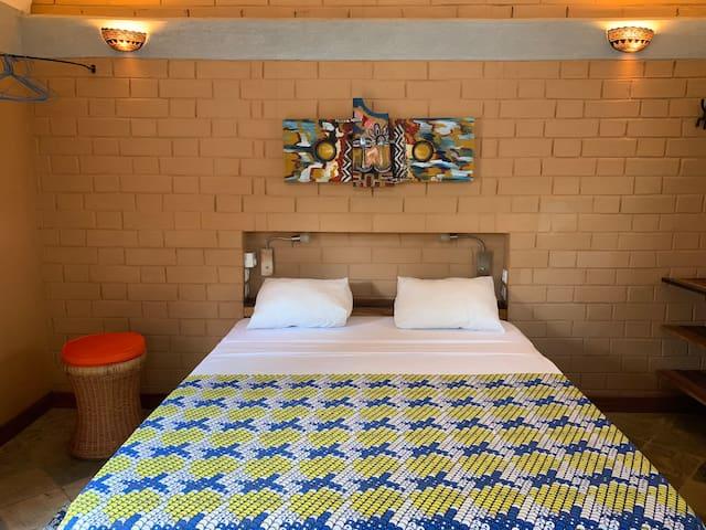 Hôtel Amédzépé, chambre Thoma