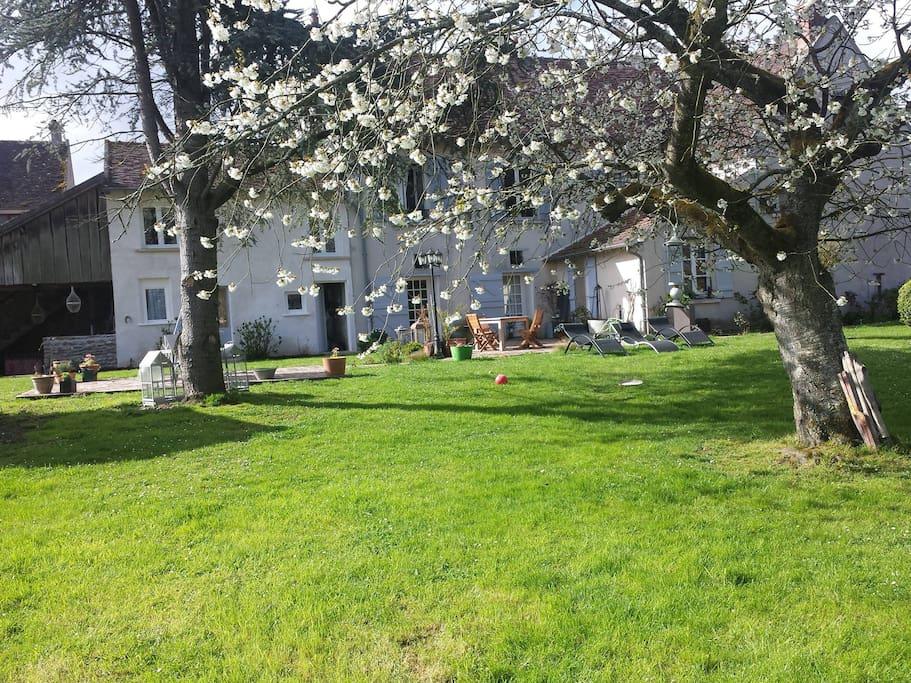 Chambre d 39 hote le pressoir maisons louer jouarre for Maison d en france ile de france