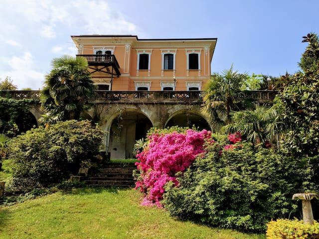 Appartamento rustico in Villa d'epoca